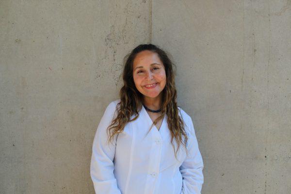 ¿Qué hacer frente a accidentes dentales?: Docente de Odontología UC participa en La Clase Abierta de La Tercera