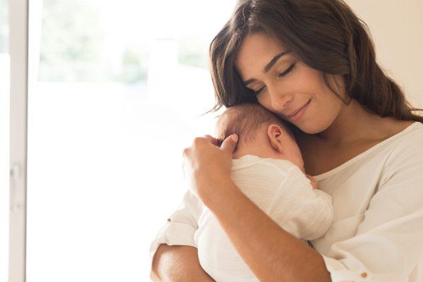 Cuidados de la salud oral en el binomio madre-hijo